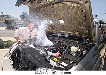 coche, encima, el suyo, hombre, calentado