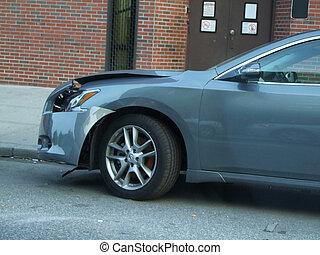 coche pequeño, accidente