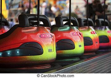 coches, parachoques, fila