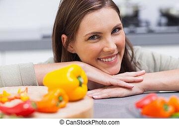 cocina, mujer, propensión, ella, mostrador