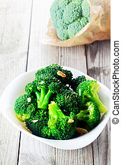 cocinado, blanco, tazón, veggies, bróculi