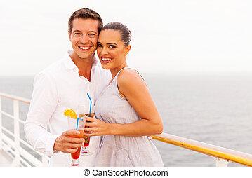 cocktail, couple, mariés, jeune, croisière, avoir