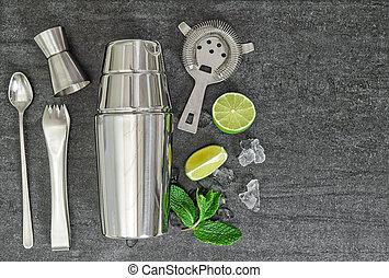Cocktail shaker drink ingredients Mojito, caipirinha -...