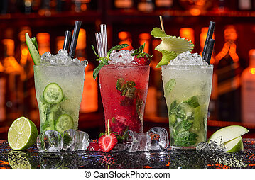 Cucumber, strawberry and pear mojitos