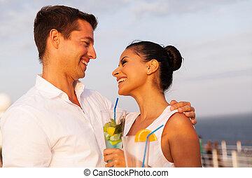 cocktails, couple, avoir, jeune, croisière