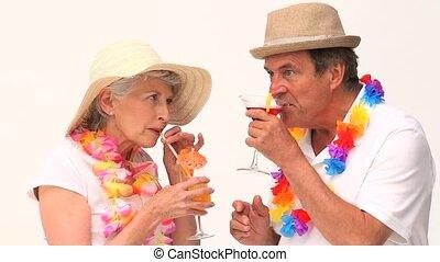 cocktails, mignon, couple, mûrir, sipping