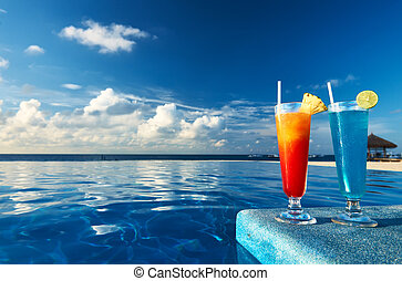 Cocktails near swimming pool - Cocktails near the swimming...