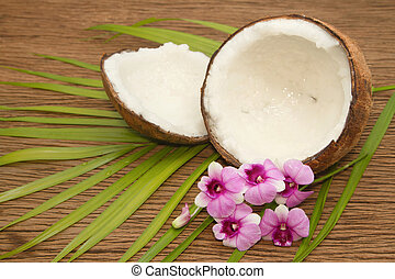 Coconut essentail oil for alternative therapy and beauty spa