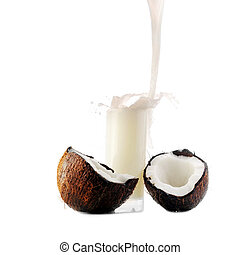 coconut juice pour in glass