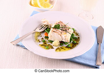 Cod fillet with green beans, peas, parsley, olive oil, wine