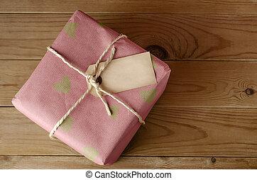 coeur, attaché, ficelle, étiquette, paquet
