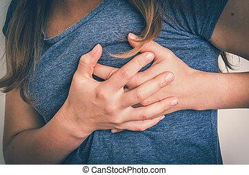 coeur, femme, douleur, poitrine, attaque, avoir