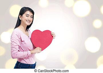 coeur, femme, elle, jeune, asiatique, mains, rouges