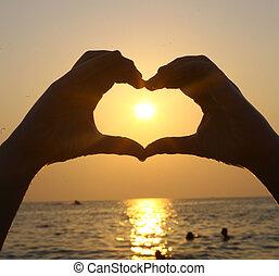 coeur, intérieur, main, soleil