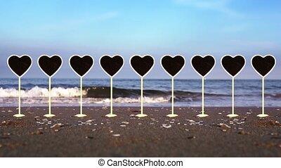 coeur, plaques, formé, collection, sable plage, océan