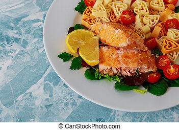 coeur, salade, formé, valentines, saumon, pâtes, jour