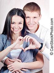 coeur, symbole, couple, jeune, heureux