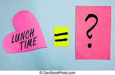 coeur, texte, signe, milieu, papier, petit déjeuner, avant, rose, réponse, point interrogation, time., photo, conceptuel, romantic., projection, après, déjeuner, important, jour, notes, égal, dîner, repas