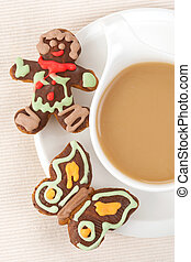 Coffee and gingerbread cakes