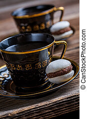 Coffee and macaroons for dessert
