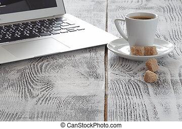 coffeecup , laptop , άσπρο , χώρος εργασίας