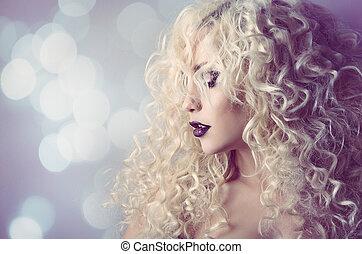 coiffure, femme, beauté, bouclé, sur, boucles, jeune, lumières, mode, cheveux, fond, portrait, modèle, defocused