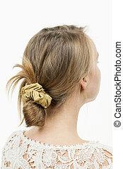 coiffure, femme, jeune, brioche, désordre, désinvolte