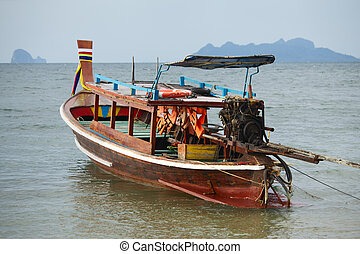cola larga, barco