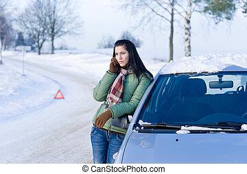 colapso, mulher, inverno, car, -, chamada, ajuda