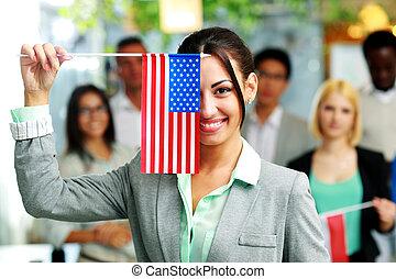 colegas, eua, executiva, bandeira, segurando, frente, feliz