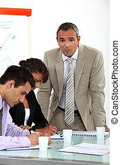 colegas negocio, en, un, vocacional, entrenamiento