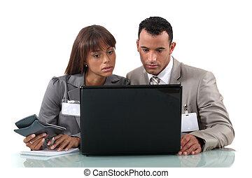 colegas, procurar, internet