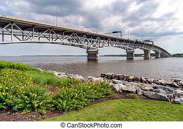 coleman, va., yorktown, puente