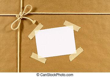 colis papier brun