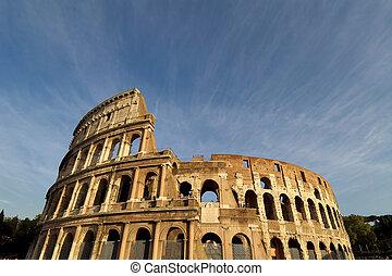 coliseum - stunning horizontal view of the roman colosseum...