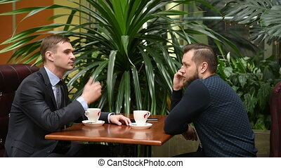 collègue, téléphone, evinces, frappement, conversation, homme affaires, fingers., waiting., impatience.