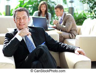 collègues, sien, business, décontracté, dos, personne agee, réunion, chaise
