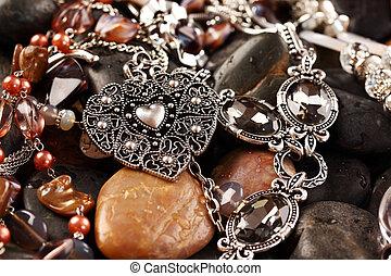 collane, accessori
