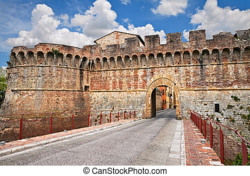 Colle di Val d'Elsa, Siena, Tuscany, Italy: the ancient city...
