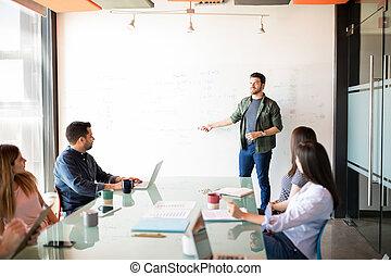 colleagues, övé, alaprajzok, jövő, üzletember, fejteget