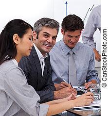 colleghi lavoro, riunione, affari, multi-etnico