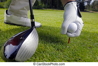 colocar, bola, baliza golfe, mão