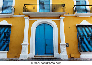 colonial Spanish architecture details in Campeche, Mexico