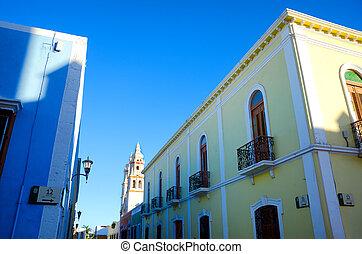 Colonial Street Corner
