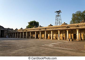 colonnaded, claustro, de, histórico, túmulo, de, mehmud, begada, sultão, de