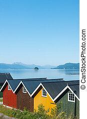 coloré, camping, cabines, sur, les, fjord, rivage