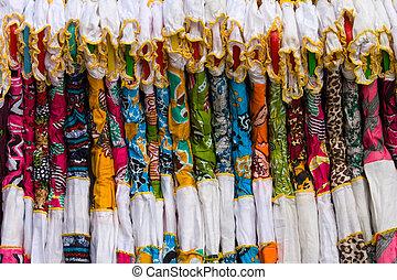 coloré, femmes vêtent, dans, indien, marché
