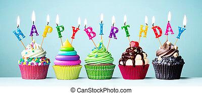 coloré, petits gâteaux, joyeux anniversaire