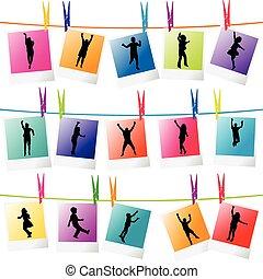 coloré, photo, corde, silhouettes, pendre, cadres, enfants