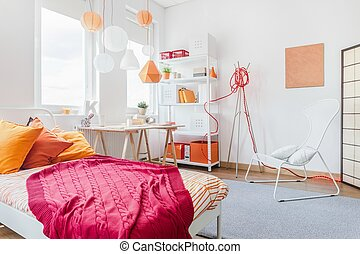 Color details in teen bedroom